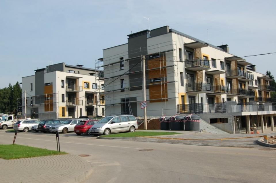 Nauji butai GILĖ šalia Verkių parko